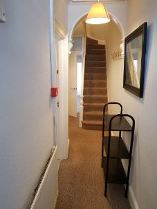 10 Pembroke Street - hallway