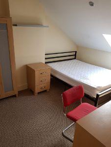 10 Pembroke Street - bedroom