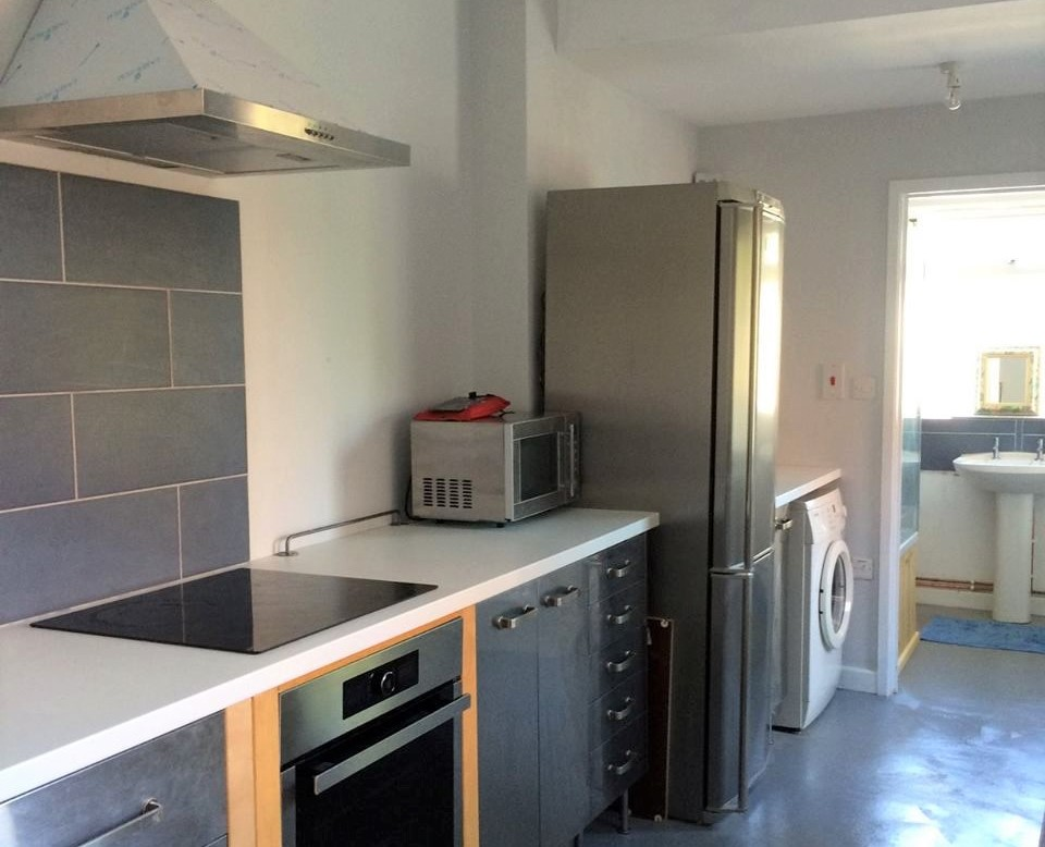 44 Rosebery Avenue kitchen